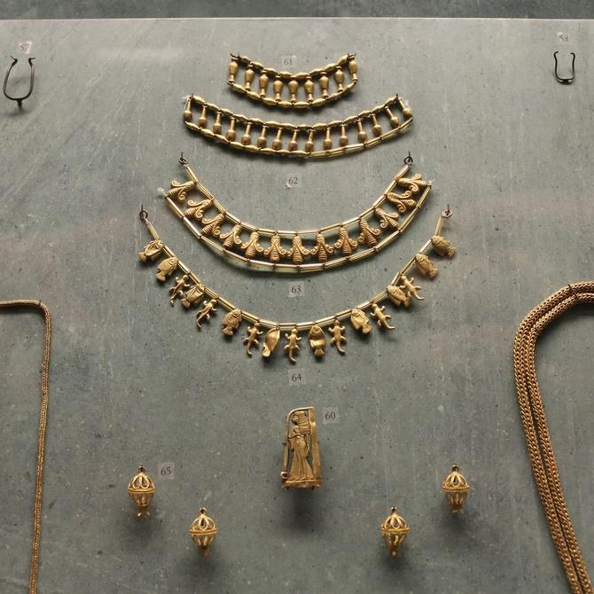 El significado de las joyas en el tiempo