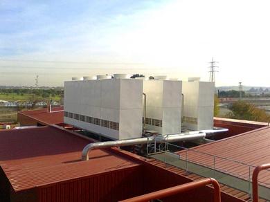 Beneficios y aplicaciones de los sistemas de enfriamiento evaporativo en complejos hoteleros