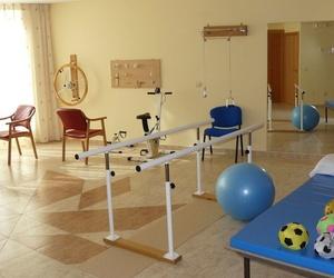 Atención Sanitaria y Rehabilitación