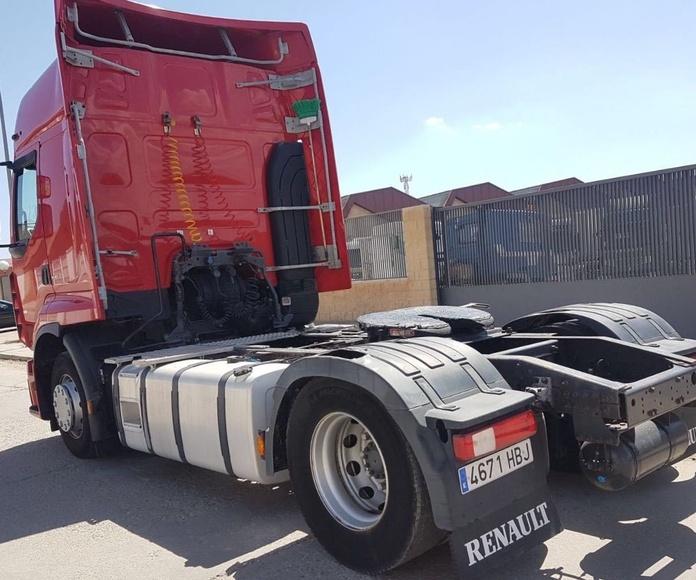 RENAULT PREMIUM 460DXI: Vehículos industriales de Emirtrucks Trading