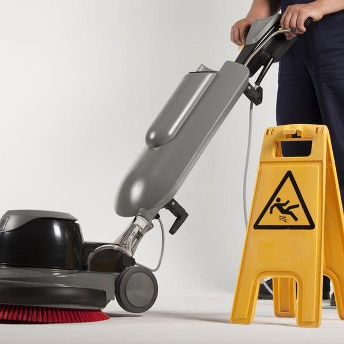 5 trucos para dejar el suelo reluciente