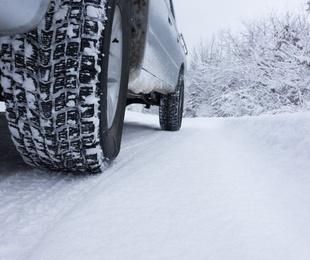 ¿Neumáticos de invierno o cadenas para la nieve?
