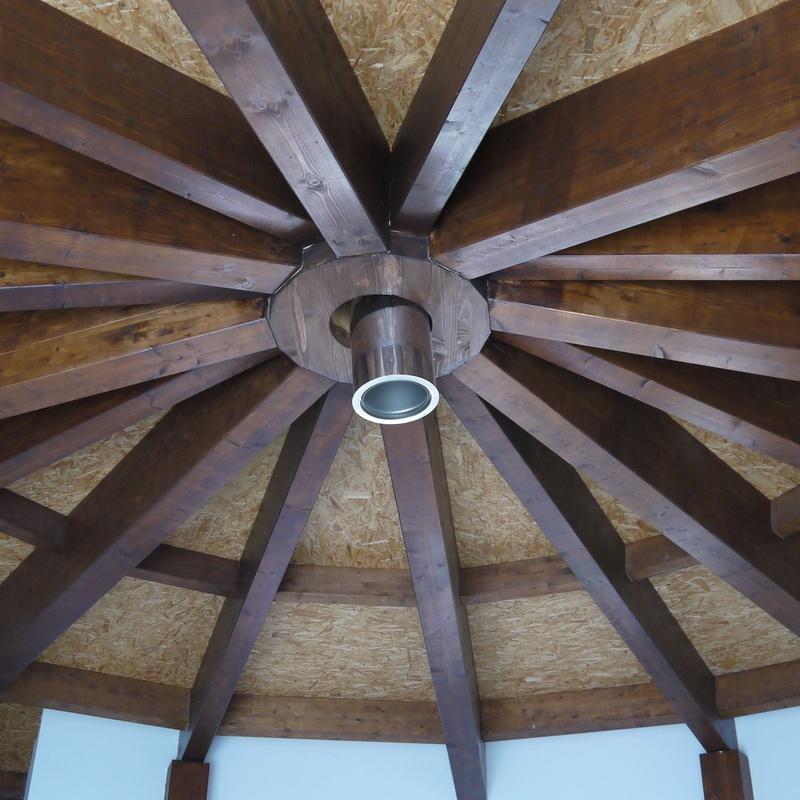 Cubierta de madera circular