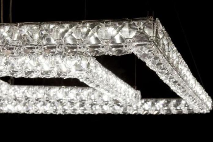 LAMPARA DE LED CRISTAL.
