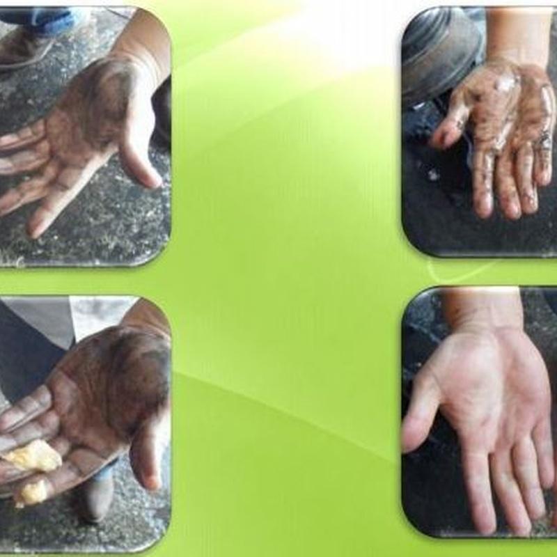 Hands-forte en tienda de pinturas en ciudad lineal