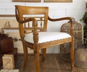 Muebles, butacas y sillones de estilo colonial en Madrid