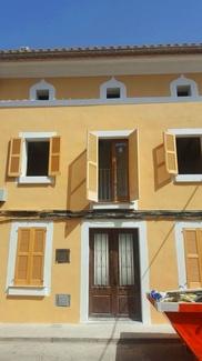 Pintado de fachada en Pollensa ( Mallorca)