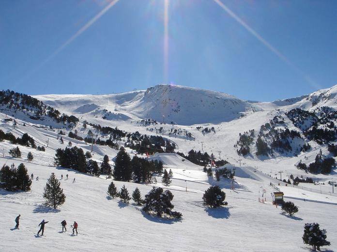 Accidente mortal de un técnico de nieve de cultivo en Grandvalira