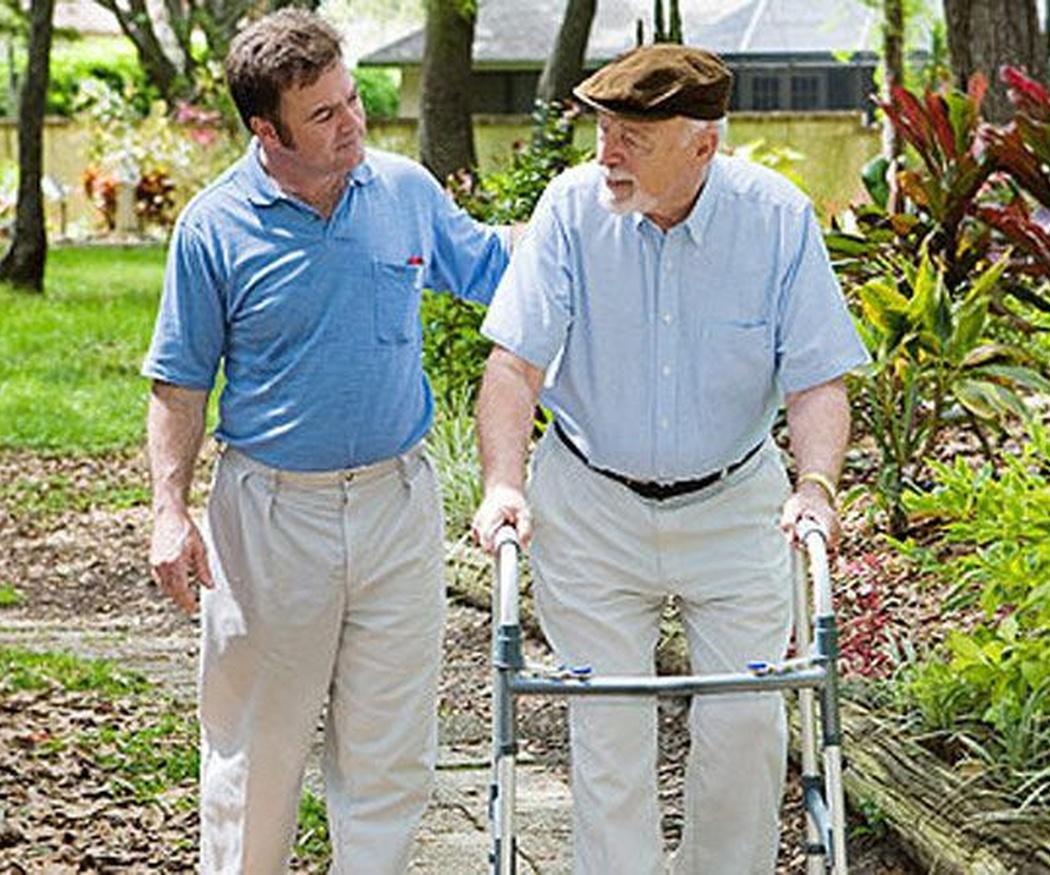 Andadores, grandes compañeros de las personas mayores