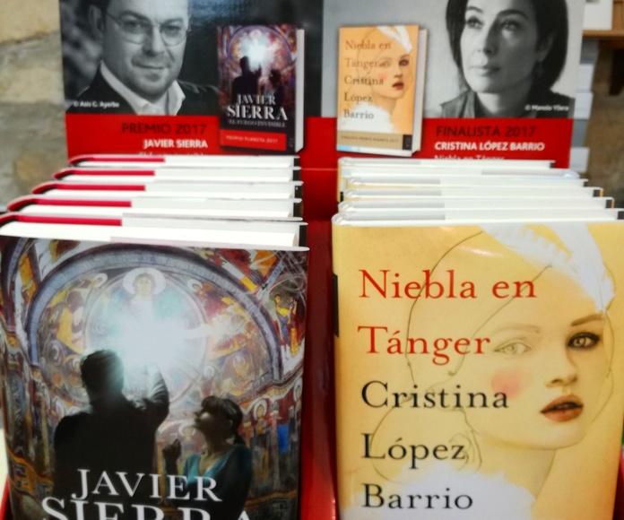 Premio Planeta y Finalista: SECCIONES de Librería Nueva Plaza Universitaria