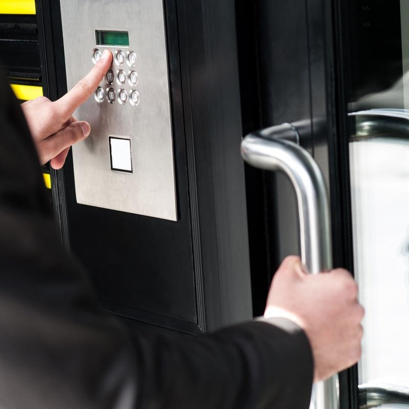 Control de Accesos: Servicios de SEGUROPTIMA