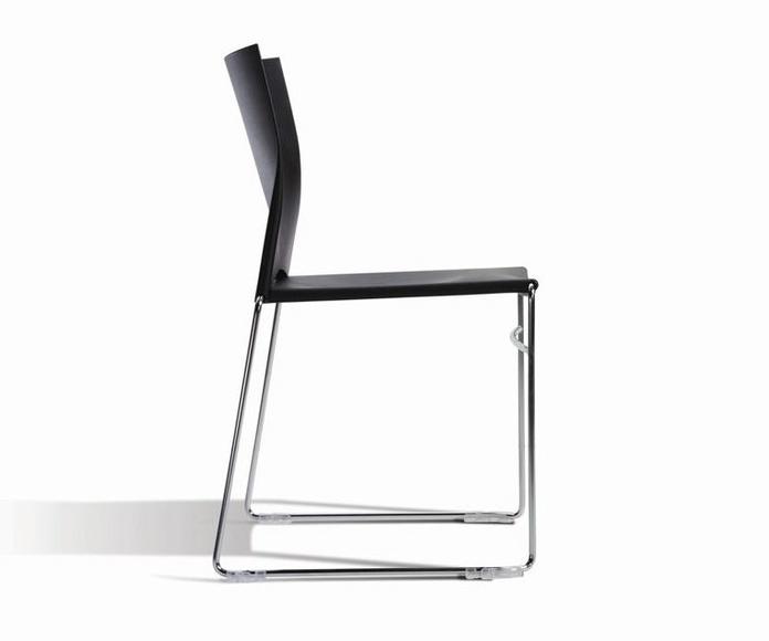 silla linia color negro-vista lateral