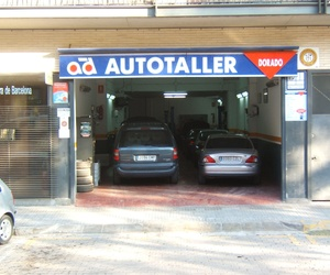 Galería de Taller mecánico y compra y venta de vehículos en Barcelona en Viladecans | Automóviles y Talleres Dorado