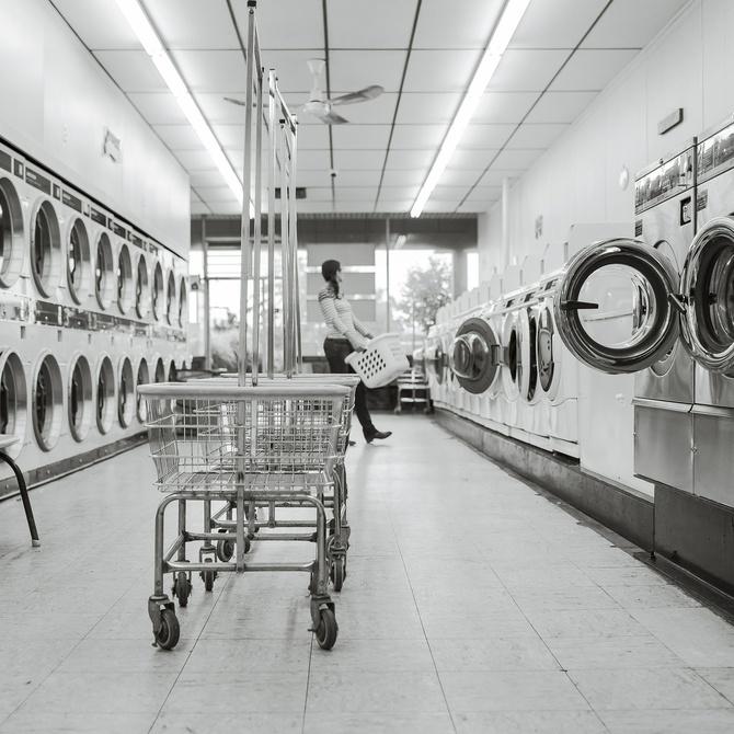 Las ventajas de lavar tu ropa en una lavandería industrial