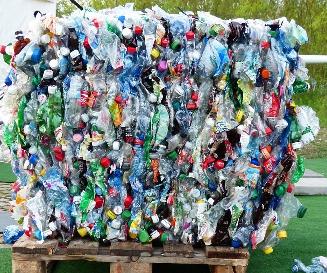 Origen y evolución del plástico
