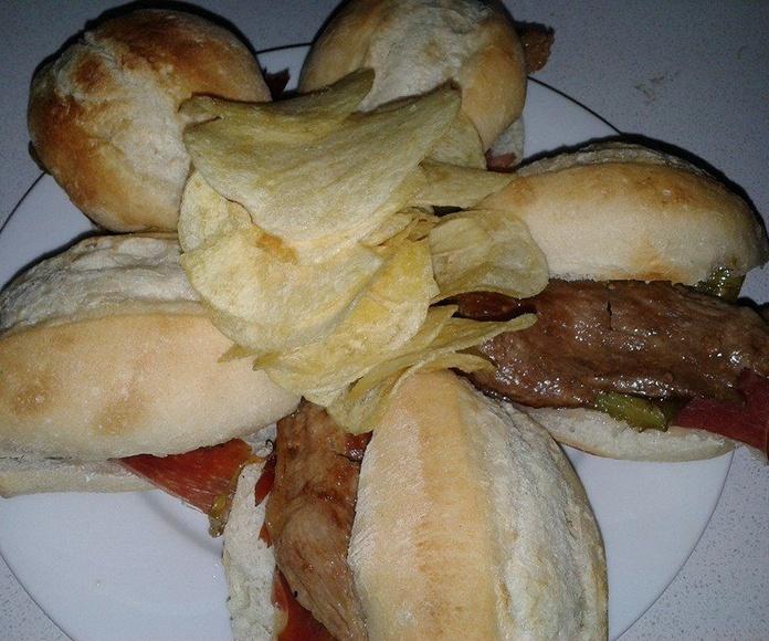 Montaditos y baguettes: Carta de Tapería Cafetería Hostal Barbate