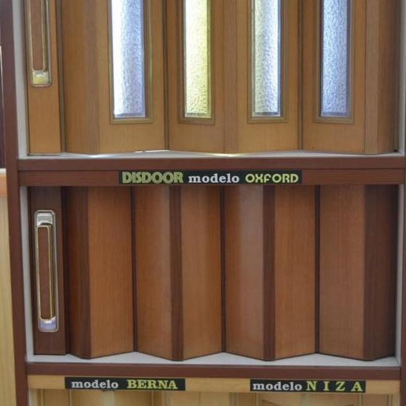 Puertas blindadas y acorazadas: Catálogo de servicios de Decoradec, S.L.