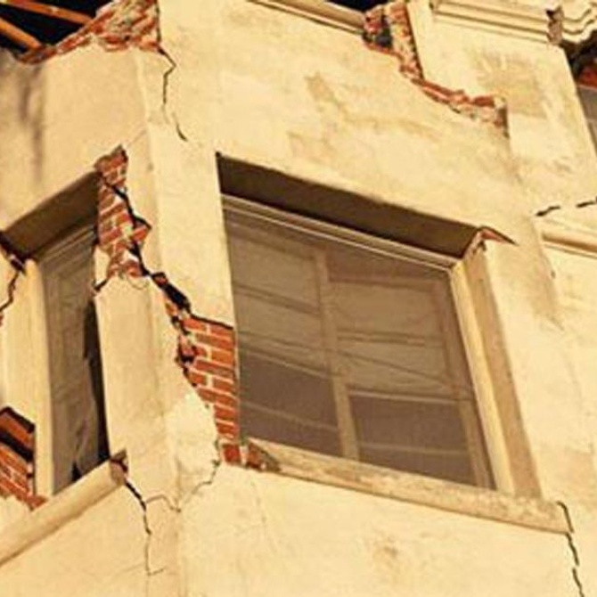 Los riesgos de desprendimientos en las fachadas
