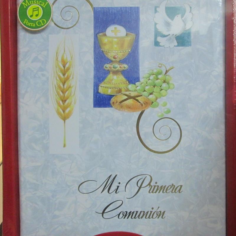 Libro comunión. Símil nácar