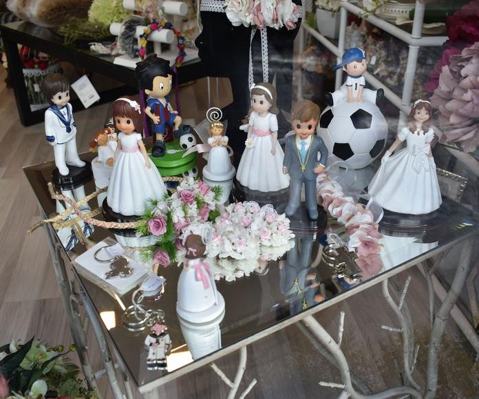 Tocados y complementos de ceremonia: Servicios de Floristería La Ilusión
