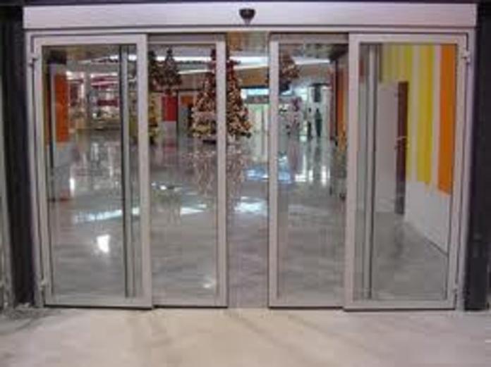 Puertas Automaticas: Productos de Cristalerías Formas - León