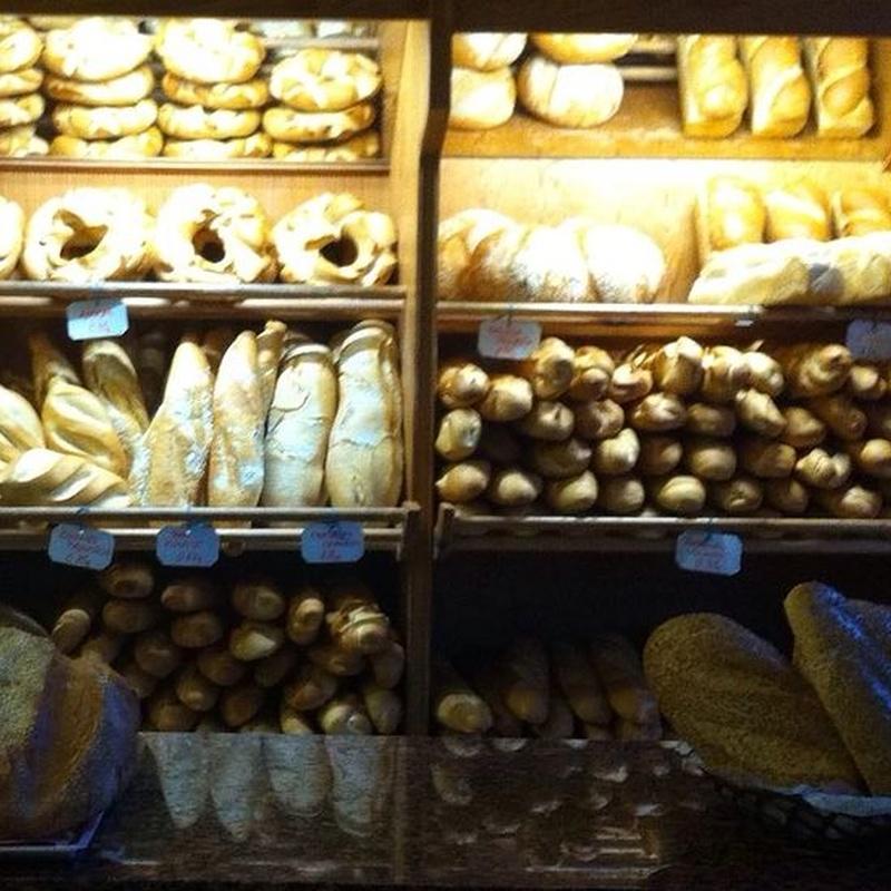 Pan: Catálogo de Panadería y Pastelería Mariano Calleja