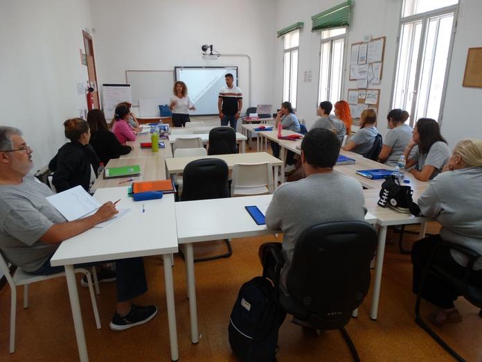 ORIENTACIÓN PARA EL EMPLEO: Proyectos y Servicios de Asociación Domitila