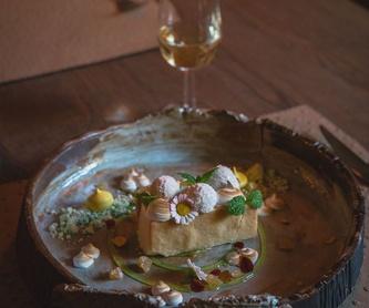 A la carte: Our Services de Restaurante Calma Chicha