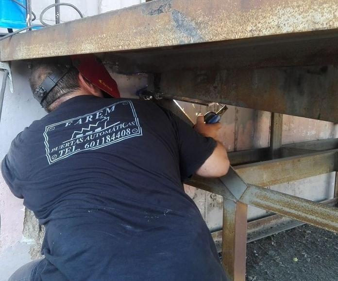 plataforma de carga manual soldadura viga en Silla