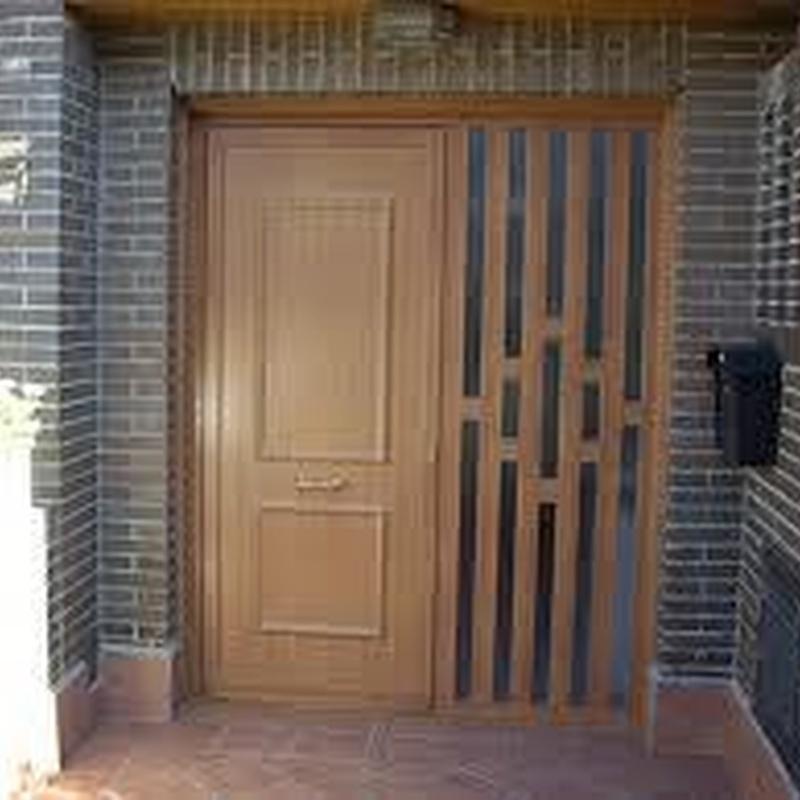 Puerta Blindada de Doble Hoja