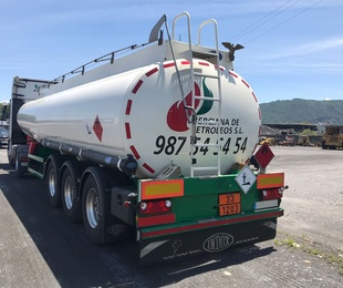 Transporte de cisternas de gasóleos y gasolinas