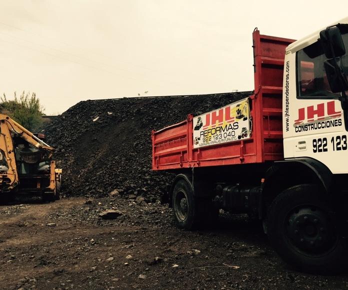 Maquinaria propia: Servicios de JHL Construcción