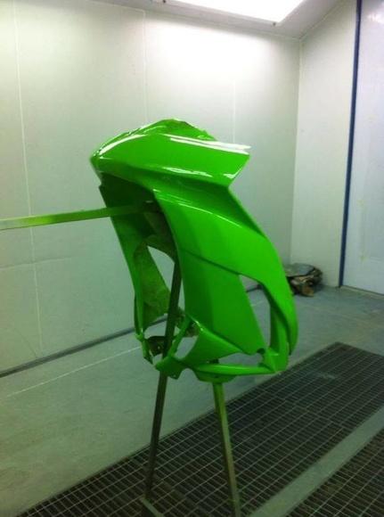 Plásticos y pintura de motocicletas: Servicios de Cubecar