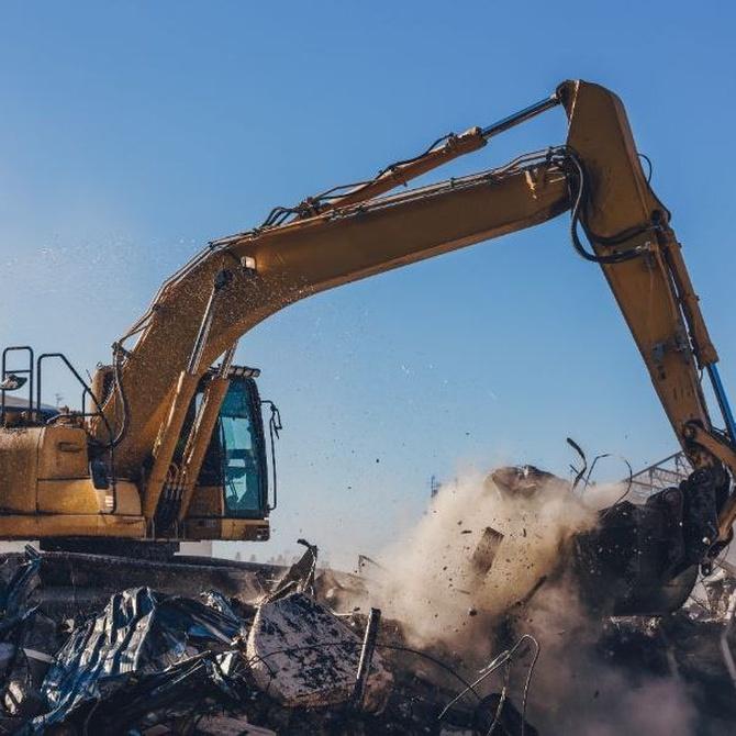 La demolición por explosión controlada