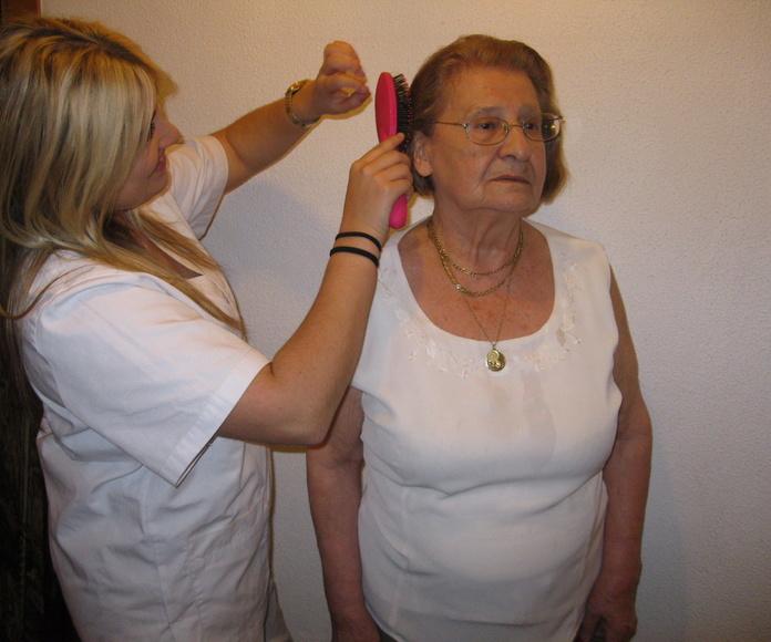 Ayuda a domicilio Santander | Auxifam