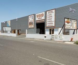 Entrada a nuestro almacén de madera en Fuerteventura
