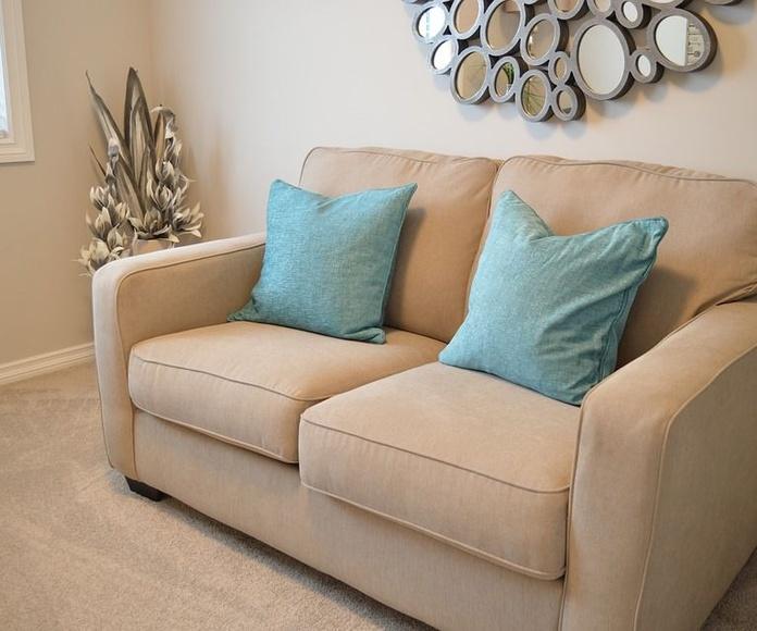 Fabricación de sofás a medida: Servicios de Portes y mudanzas Celis