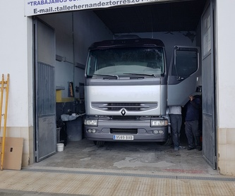 Reparación de Golpes: Servicios de Taller Hernández Torres