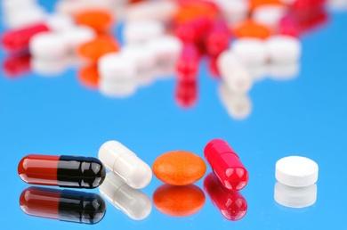 Mecanismos de cronificacion del dolor y la farmacoterapia.