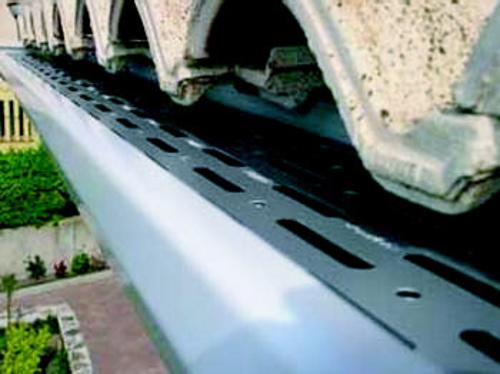 Instalación de canalones en Navarra | Canaltur