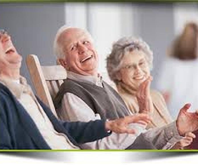 Ayuda a domicilio a personas dependientes
