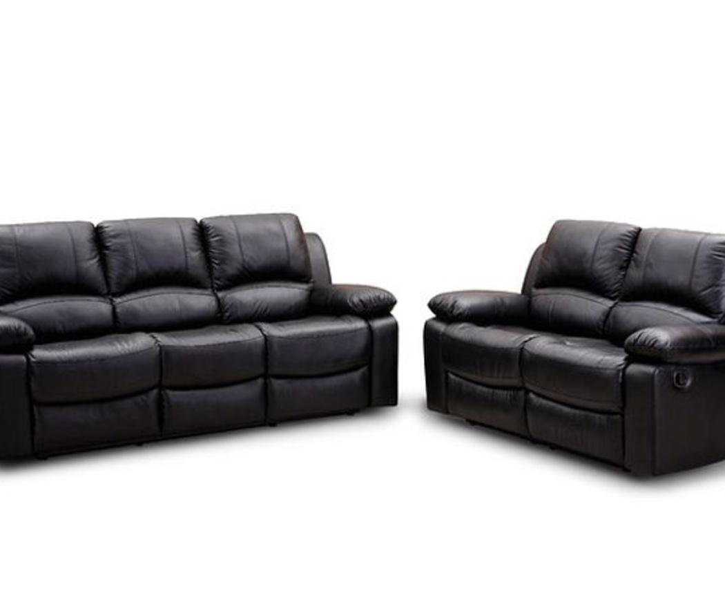 Cómo hay que limpiar y cuidar los sofás de piel