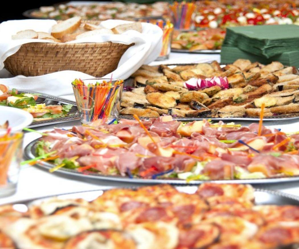 Beneficios de contar con un buen catering en cualquier evento