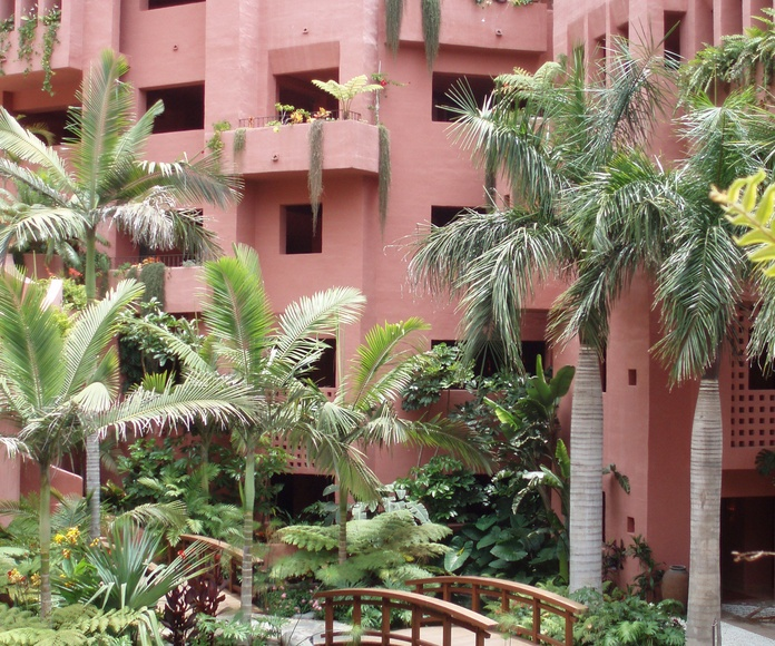 Diseño y construcción de Jardines: Productos y Servicios de Islas Jardín, S.L.