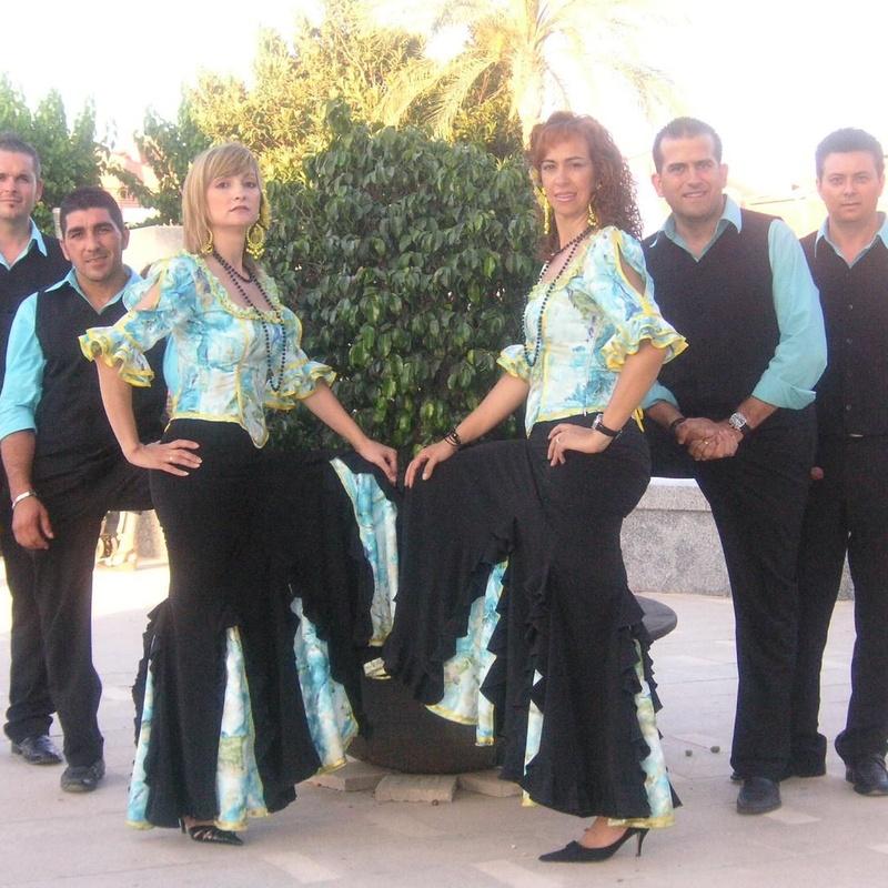 Coro rociero y grupo flamenco: Servicios de Mar Espectáculos