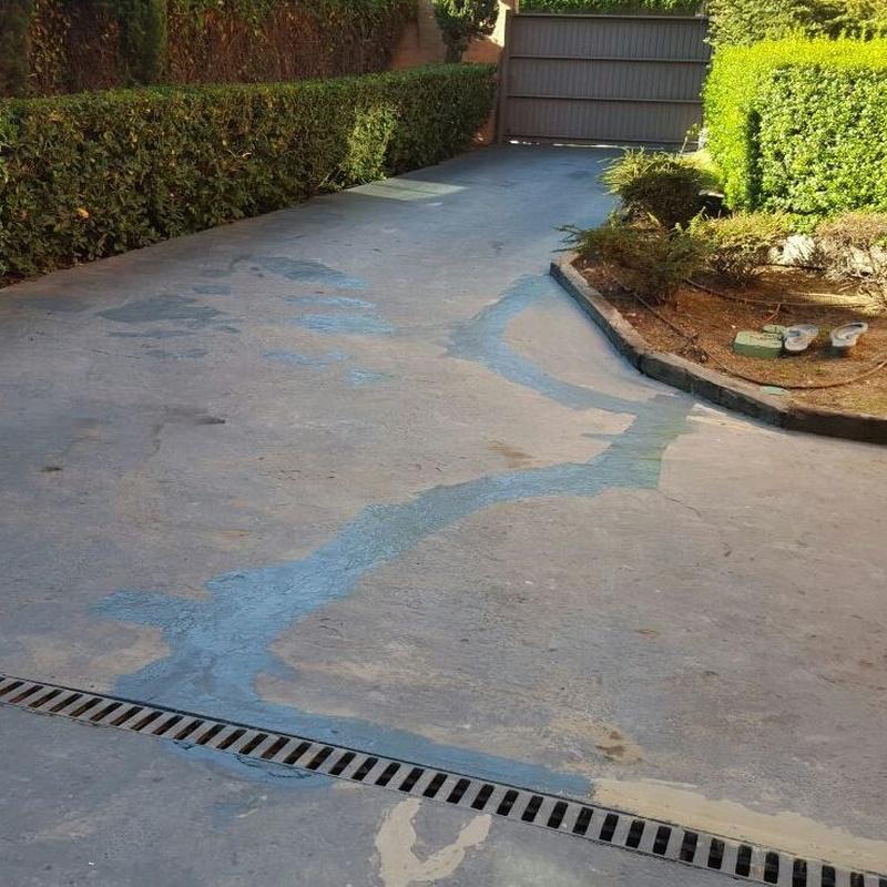 Pintura de suelos de 2 componentes y antideslizante, el antes...