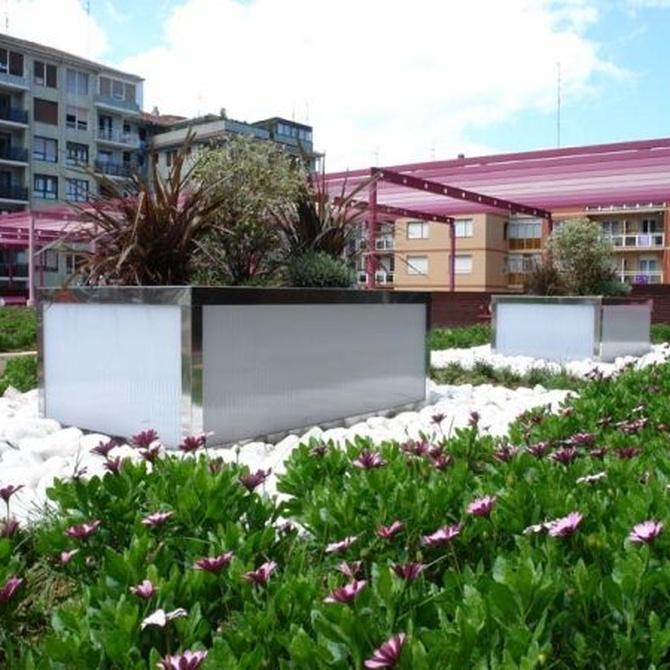 Módulos de jardineras de poliéster reforzado