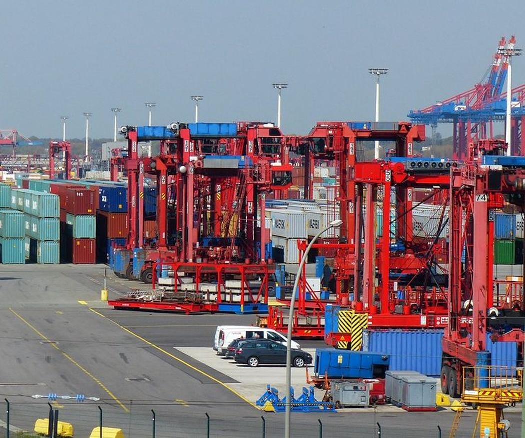 Principales puertos españoles con mayor flujo de transporte marítimo