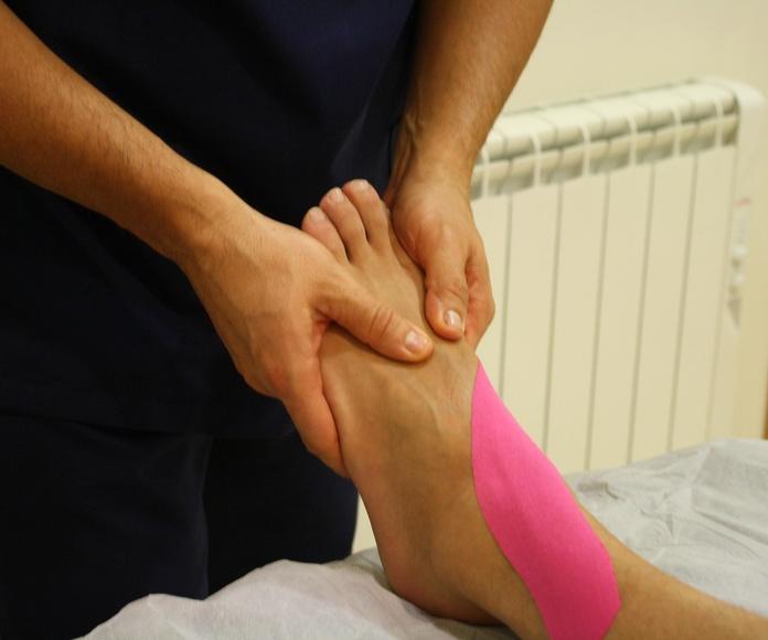 Vendaje Neuromuscular ó Kinesiotaping: Terapias de Mallesta Centro de Especialidades
