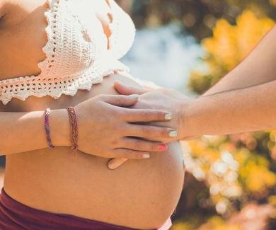 La embarazada debe saber cómo protegerse durante la gestación